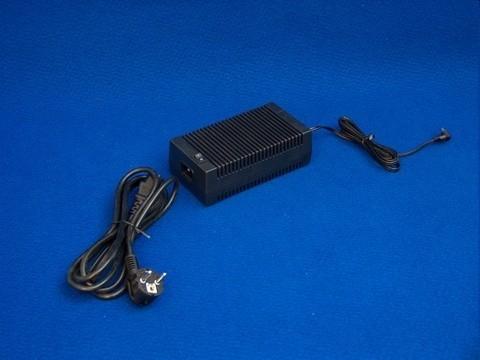 PS-18V - Hochleistungs-Netzteil für LD-100-Serie und LD-200-Serie