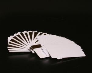 Plastikkarte mit Magnetstreifen (LOCO), vorprogrammierter 6-stelliger, fortlaufender Code auf Spur 2